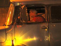 Por A-Diadema-SP. (nariobarbosa) Tags: brasil night saopaulo streetphotography brazilian rua diadema caminhoneiro porai