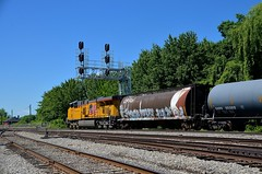 Multimarked buffer car (Michael Berry Railfan) Tags: up quebec montreal unionpacific lasalle canadianpacific cp ge generalelectric gevo es44ac oiltrain up5519 fueltrain crudeoiltrain adirondacksub lasalleyard cp550