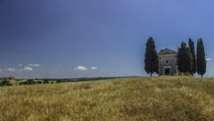 Cappella della Madonna di Vitaleta (San Quirico d'Orcia) (jazz_0902) Tags: sky nature skyline clouds countryside san madonna natura tuscany di toscana della campaign cappella tuscan dorcia quirico vitaleta