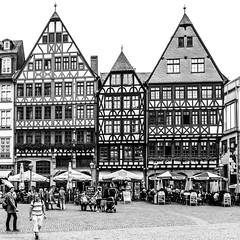 Ostzeile (Eastern Row) at the Rmerberg, Frankfurt (Main), Germany (nbcmeissner) Tags: street blackandwhite bw germany deutschland frankfurt streetphotography frankfurtmain rmerberg fachwerkhaus halftimberedhouse canonpowershotg1x