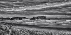 Bandon Islands B&W (foggymtn65) Tags: ocean sea bw oregon nikon pacificnorthwest bandon hdrphotography coastrocks d7000