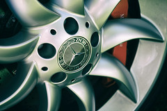SLR turbines (Eric Flexyourhead (shoulder injury, slow)) Tags: canada detail slr car wheel zeiss bc britishcolumbia german mclaren mercedesbenz northvancouver turbine alloy fragment waterfrontpark mercedesbenzslrmclaren 2016 55mmf18 germancarfestival sonyalphaa7 zeisssonnartfe55mmf18za
