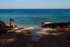Segui la strada (BluElika) Tags: blue sea sky home landscape casa sand strada blu cielo acqua azzurro colori sicilia paesaggio scogli riflesso