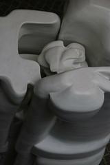 Sculpture (unnamedcrewmember) Tags: art modern germany modernart hannover exhibition 130 modernekunst musem sprengel