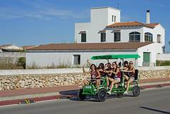 Auf den Weg zum Festes de San Joan auf Menorca (gerhardschorsch) Tags: sony sexy zeiss za f18 ilce7r sommer girls menorca hotpants fahrrad fe55mmf18za friendly