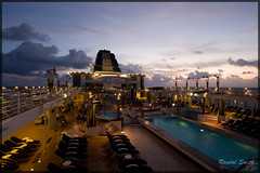 (Randal Smith) Tags: canon georgetown 2008 caymanislands grandcayman panamacanal celebritycruise canon40d