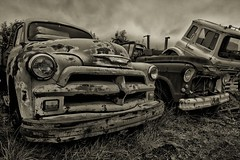 Abandoned cars (Axel_Hahn) Tags: urban bw classic chevrolet car vintage iceland islandia technology decay transport engine historic retro nostalgia lorry chevy chrome vehicle oldtimer motor sephia verkehr hdr v8 verlassen abandono vehculo cocheclsico kraftfahrzeug islandese abandonament verlasseneautos axelhahn