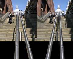 3D St.Paul's downstairs (3D shoot) Tags: england london 3d steps stpauls stereo frame milleniumbridge handrail parallel saintpauls stereoscope oof oob ttw 3dshoot