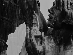 Järntorgsbrunnen (albacon) Tags: people sculpture göteborg women sweden gothenburg skulptur sverige scandinavia continent heykel isveç iskandinavya järntorgsbrunnen isve