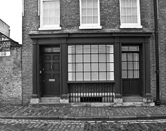 110 (D_Alexander) Tags: uk england london wapping eastlondon blackandwhitephotography towerhamlets wappinghighstreet