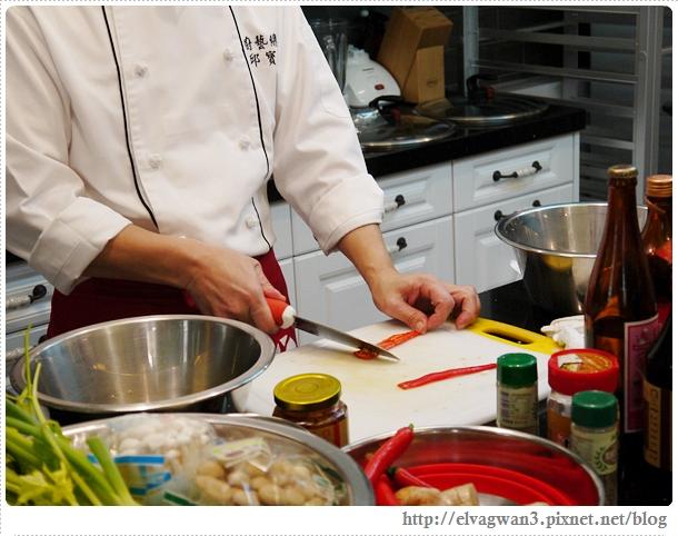 豆油伯廚藝教室-邱寶郎師傅-客家米苔目煎肉餅-7