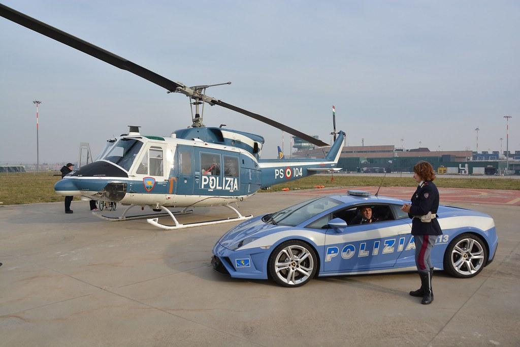 Elicottero Lamborghini : The world s best photos of ab and polizia flickr hive