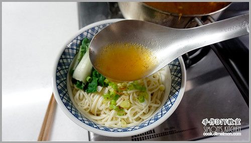 罐頭牛肉湯麵07.jpg