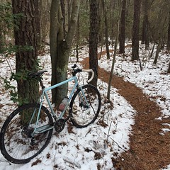 Don't eat the yellow snow! #weavercycleworks #custombicycles #rideinthepines
