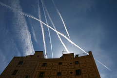 Ribera (cicciobaudo) Tags: cielo palazzo barcellona spagna ribera catalogna aerei