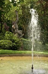 Mainz, Stadtpark, Springbrunnen - Water jet (HEN-Magonza) Tags: germany deutschland mainz stadtpark municipalpark rheinlandpfalz rhinelandpalatinate