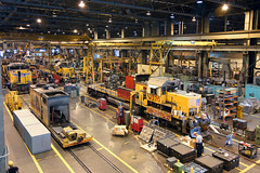 Rebuilding at Jenks (Moffat Road) Tags: railroad up train ar unionpacific locomotive arkansas rebuild northlittlerock emd sd402 locomotiveshop 3320 backshop jenksshop downingbjenksshop
