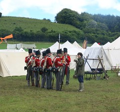 Soldiers at CVHF (Peter Curbishley) Tags: tents soldiers wiltshire redcoats soldats cvhf chalkevalleyhistoryfestival