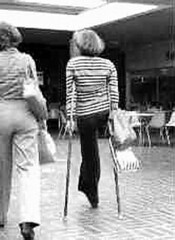 bw_28 - 1970s hip disarticulation girl (jackcast2015) Tags: handicapped disabled disabledwoman cripledwoman onelegwoman oneleggedwoman monopede amputee legamputee crutches
