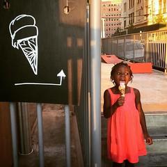 My little girl! #happyfathersday #jerseycity #jcmakeityours #jceats #njeats #hobokeneats (bucketandbay) Tags: jerseycity gelato bucketandbay