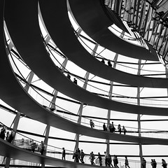 walking a round and around... (Werner Schnell Images (2.stream)) Tags: berlin norman reichstag foster bundestag ws kuppel