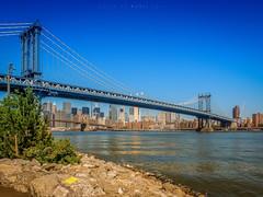 Manhattan Brigde (Kohji Tran) Tags: park sky newyork architecture landscape waterfront manhattan brigde