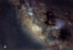 constelacin Escorpio , constellation Scorpio , 66 Fotos , 22 light , 22 bias , 22 dark , DSS (reneriedler) Tags: colours constelacion konstelation constellation nightsky nightshot nachthimmel nachtaufnahme nachtfoto fotografianocturna fotodenoche fotonocturna deepskyphotografy ds langzeitaufnahme langzeitbelichtung langzeitblende largaexposicion longexposure cp cieloprofundo galaxia galaxie galaxy nebulosa sternnebel grancampo staking stacking dss skorpion escorpio sternbild milchstrasse milkyway vialactea tenerife teneriffa islascanarias canarias canaryisland kanarischeinseln kanaren teide lascaadas ica canon canoneos eos eos100d canoneos100d iso starlight sternenlicht sterne estrellas stars starstax deepskystacker astrometrydotnet:id=nova1647902 astrometrydotnet:status=solved