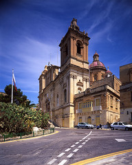 St. Lawrence, Birgu (Vitality.Name) Tags: church day arc malta velvia lf largeformat sinar valetta fujivelvia birgu rvp50