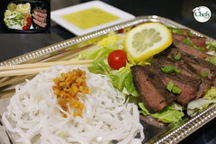 Thai Beef Salad Platter w/Bean Threads and Lemon Mint Dressing (Chefs_Diet) Tags: food dinner thailand salad lemon beef nuts mint foodies foodporn thai delivery noodles diet weightloss weight salads foodie nutrition dieting foodphotography glassnoodles foodstyling chefsdiet containertoplate