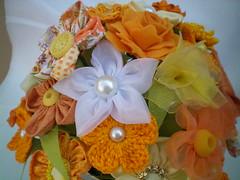 100_4353 (Alba Aragão) Tags: flores fuxico buquê tecido arranjo