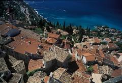 Roquebrune (atorphoto) Tags: france mediterranean cotedazur village view midi menton tileroof roquebrune pleinsud perchedvillage