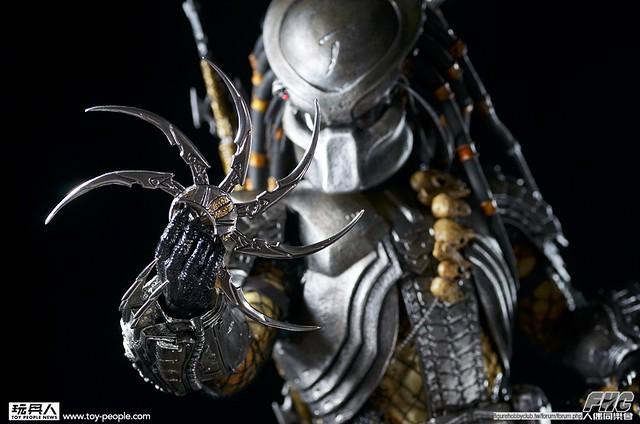 Hot Toys MMS 190 異形戰場:刀疤終極戰士 開箱報告