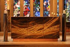 Altar gesamt (gripspix (catching up slowly)) Tags: church bronze artwork kirche stainedglass altar bronce kunstwerk odenwald buchen buntglasfenster 20130821 stgoswald gertrudereum