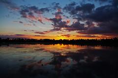 Etang de Saclay - 10/9/13. (jmsatto) Tags: coucherdesoleil hurepoix étangsdesaclay