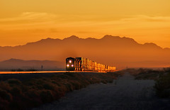 Sunrise East of Newberry Springs (Dave Toussaint (www.photographersnature.com)) Tags: california santa ca railroad travel sunset usa 20d nature burlington photoshop canon landscape photo