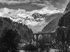 il ponte (* onda *) Tags: bridge clouds hautesavoie