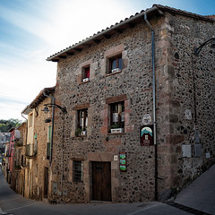 La Garrotxa. Santa Pau (I) (Angel Villalba) Tags: santa people architecture rural popular urbanism pau pyrenees catalan garrotxa