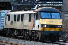 "Freightliner Class 90 - 90043 ""Freightliner Coatbridge"" - Tamworth - 4L92 (NewSpectrum) Tags: electric loco class container locomotive ac shipping 90 freight skoda tamworth 2014 freightliner intermodal 25kv 90043 4l92"
