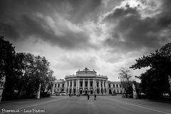 Burgtheater - Burg Theater / Wien - Vienna (ProPress.ch - Luca Pedroni) Tags: vienna wien canon theater rathaus burg 2014 burgtheater canon1740mm 5dmk3