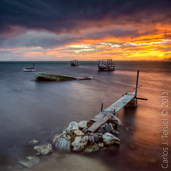 Atardeceres del mar menor. (Carlos J. Teruel) Tags: longexposure sunset espaa cloud atardecer boat spain nikon mediterraneo barco paisaje murcia nubes tamron marmenor filtros largaexposicion 2470 xaviersam singhraynd3revgrad carlosjteruel d800e