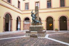 Cortile del Rettorato (Il Tesoro di Siena) Tags: italy italia tuscany siena toscana