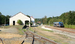 X73632, AH - TE n870306, Gimont, 25-07-2012 (vincent.francesconi) Tags: train gare sncf ter x73500 x73632