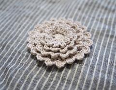 Neverending Zinnia (Marguerite*) Tags: handmade crochet ravelry