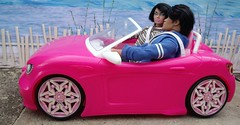 My First LaurenLand Story Part 2, 4 of 12 (suekulec) Tags: sea car coast story 16 playscale
