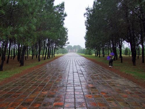 hue - vietnam 55