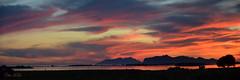 Tramonto sullo Stagnone (danars) Tags: tramonto nuvole mare cielo acqua sicilia marsala isole stagnone