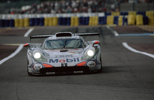 Porsche 911 GT1 победитель Ле-Мана 1998 года