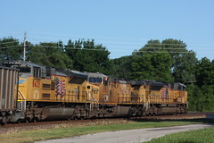 53541 (richiekennedy56) Tags: usa lawrence unitedstates kansas unionpacific ac44cw sd70ace up8435 railphotos douglascountyks up8462 up6560 donballcurve