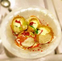 #rajwada #sarafa #fruit #burst #dahi #shots #panipuri #dahipuri #new #launch (6tann) Tags: dahipuri dahi new burst fruit shots sarafa launch rajwada panipuri