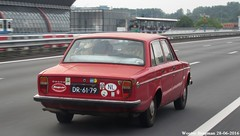 Volvo 144 De Luxe 1971 (XBXG) Tags: auto old red holland classic netherlands car amsterdam vintage de rouge volvo 1971 automobile sweden nederland swedish voiture ring sverige rood paysbas luxe zuid a10 ancienne zweden 144 sude zweeds sudoise volvo144 dr6179